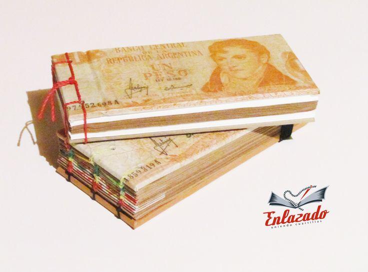 """""""Books anotaciones"""" -120 y 100 hojas  - Interiores de papel Craft y especial Blanco texturado fino - Ambas tapas forradas con antiguos billetes argentinos - Uso de costura Copta y Japonesa - Formato 14x10 - Precio $2000 y $2.500"""
