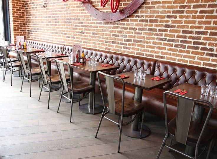 "Chaise ""SANKS"" - Restaurant ""Doddy's Coffee"" à Velizy Villacoublay."