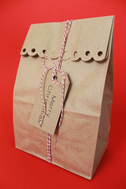 Serving Pink Lemonade: Dressing Up Papers Bag for Holiday Gift Giving
