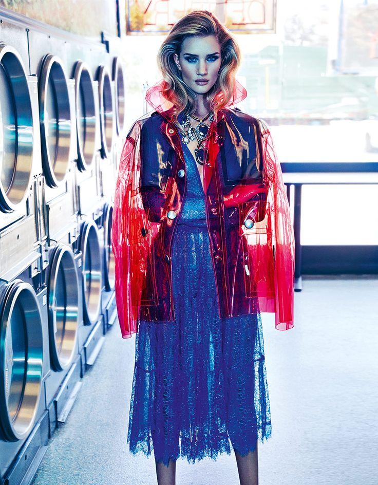 Lo que debes saber de la moda esta temporada, solo en nuestra edición de noviembre. Descúbrela aquí. http://buff.ly/1nNylS3