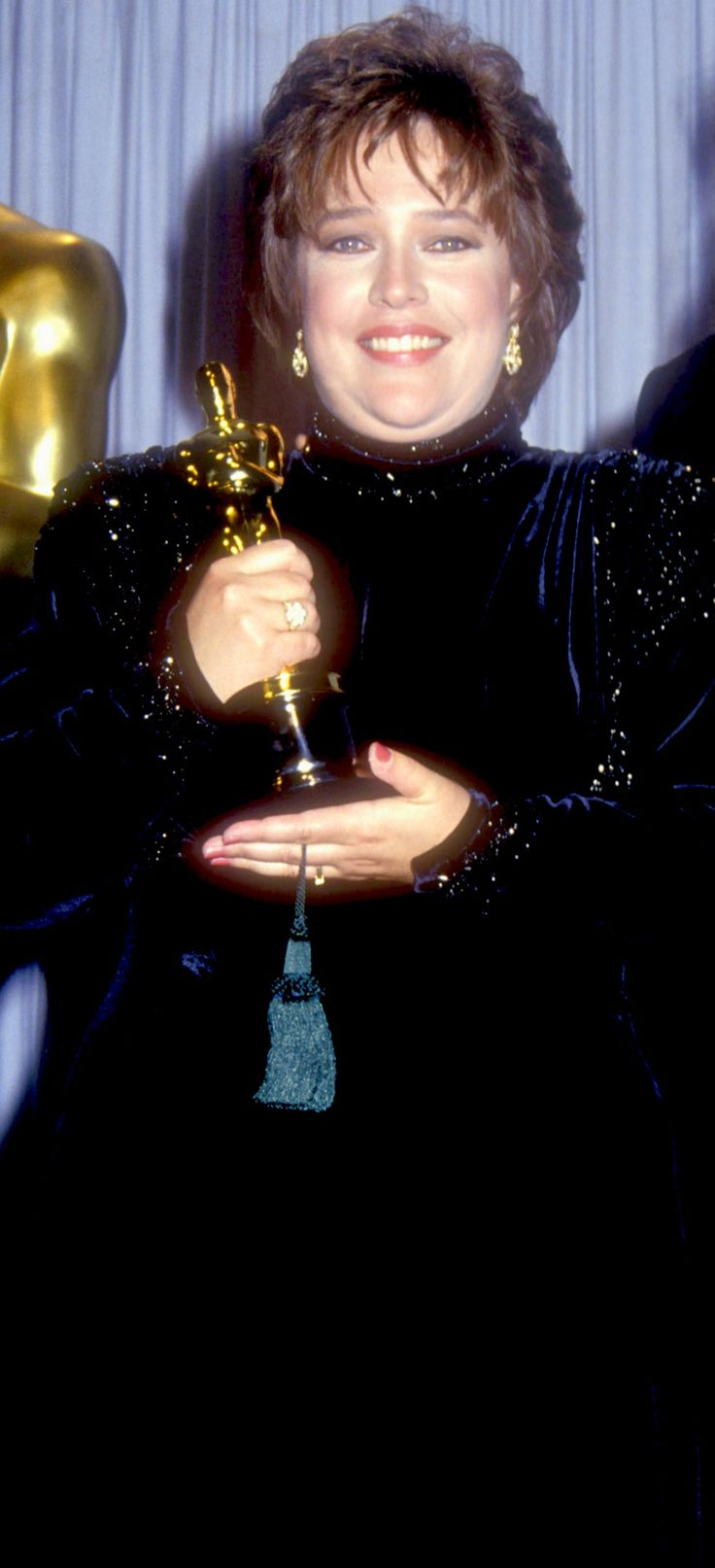 """1991 KATHY BATES  winning her well deserved for her work in the movie """"Misery""""."""