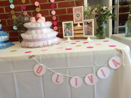 Diy baby shower decoration for a girl simple bunting for Baby shower decoration store