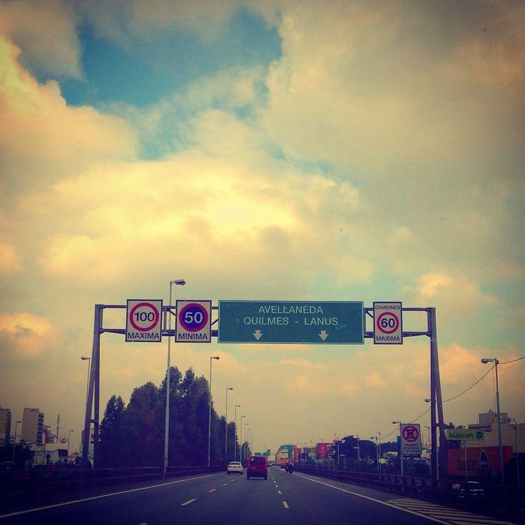 Autopista - Avellaneda - BuenosAires - Argentina