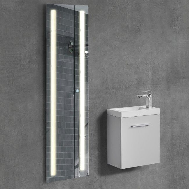 ... Die Besten 25+ Spiegelschrank Led Ideen Auf Pinterest Badspiegel    Badezimmerspiegel 3 Teilig · Badezimmerspiegel ...