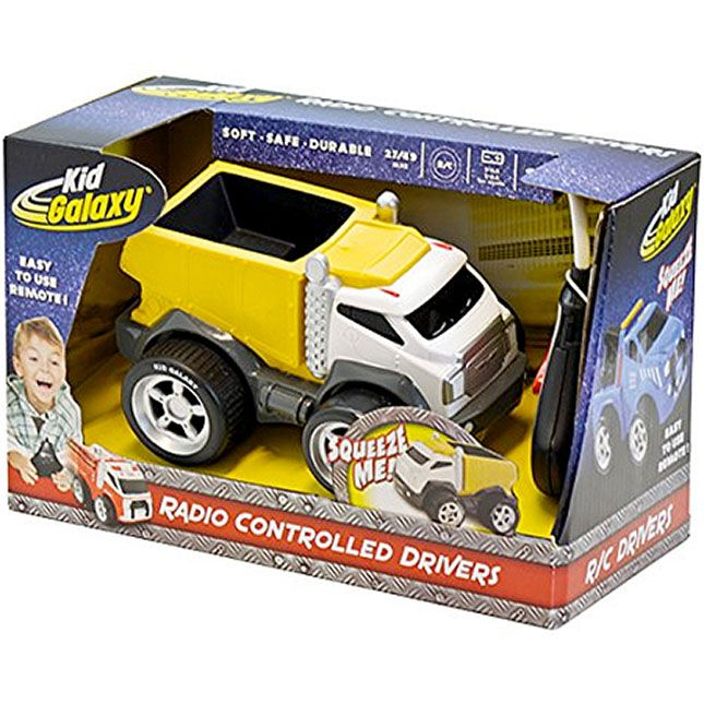 Soft Body RC Dump Truck - 27 MHz and thousands more of the very best toys at Fat Brain Toys. Tough construction site RC action becomes soft and safe for first time drivers! The vividly designed dump truck body is actually soft and squeezable, so you know it'll be safe for even the youngest operators.