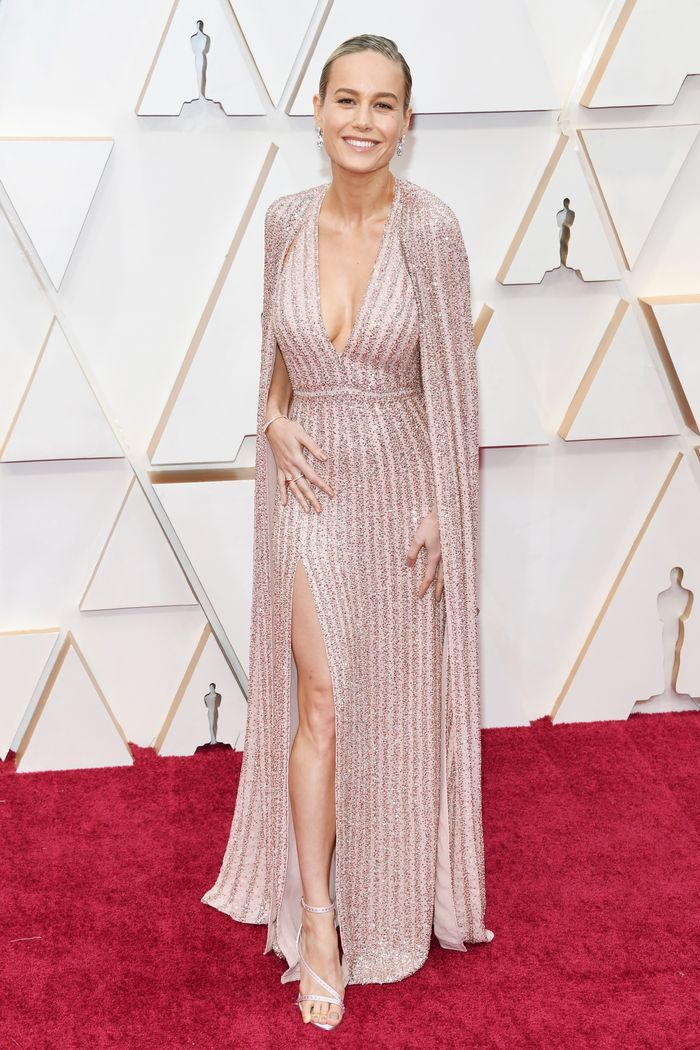 All The Oscars Red Carpet Looks That Left Us Speechless In 2020 Red Carpet Oscars Red Carpet Looks Red Carpet Fashion