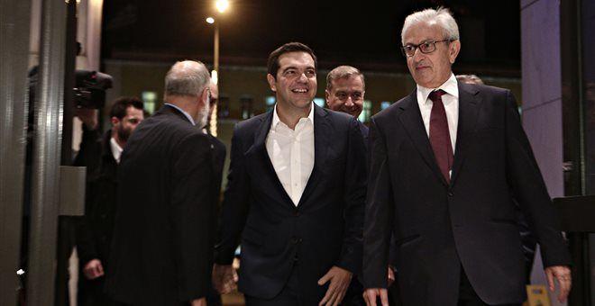 Πρόσκληση Τσίπρα στους έλληνες εφοπλιστές για επενδύσεις
