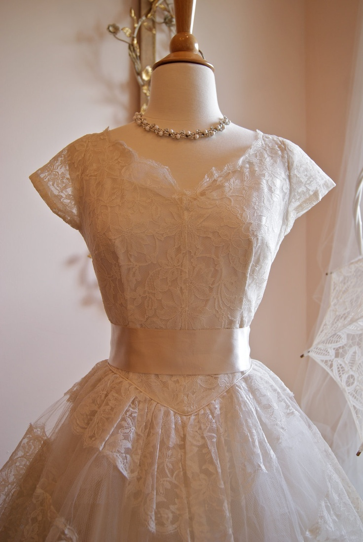 Wedding dress 50s wedding dress vintage 1950s white for Etsy tea length wedding dress