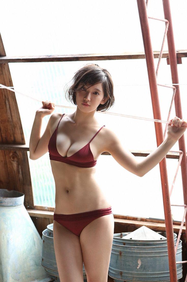 beautiful japanese striptease tallinn