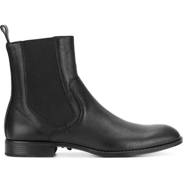 Versace Chelsea boots (€455) ❤ liked on Polyvore featuring men's fashion, men's shoes, men's boots, black, mens black shoes, versace mens shoes, mens round toe dress shoes, mens black boots and versace mens boots