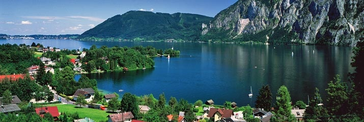 A great shot of Traunsee Lake