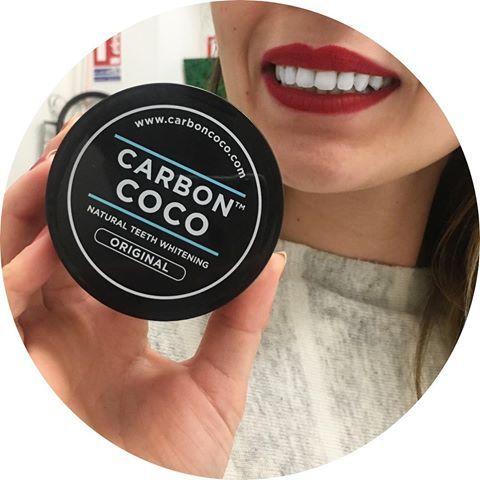 CARBON COCO désormais en vente sur le e-shop !   On vient de le tester ici, et les résultats sont impressionnants dès la première utilisation !  Des produits naturels à utiliser en cure de 14 jours !  Pour une efficacité totale, vous pouvez combiner le charbon médical + l'huile de coco ! ✅ Vous connaissez ? Vous approuvez ?  Disponible à partir de 35€ sur www.lanaika.com