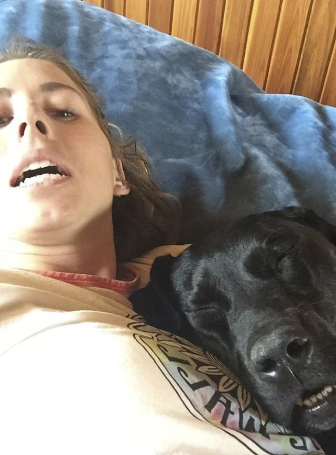 30 Funny Photos Of People With Their Dogs