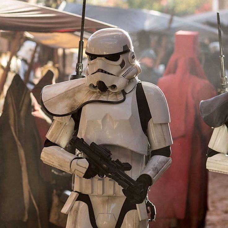 #rogueone #darthvader #theforceawakens #stormtrooper #disney #jedi #sith #love #lego #starwarsfan #yoda #art #r2d2 #marvel #hansolo #bobafett #lukeskywalker #geek #forcefriday #cosplay #darkside #chewbacca #lightsaber #toys #theforce #kyloren #c3po