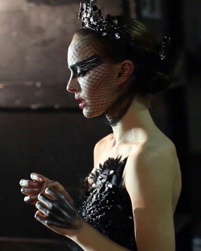 LA VIE DES FORMES — rodarte:  Black Swan