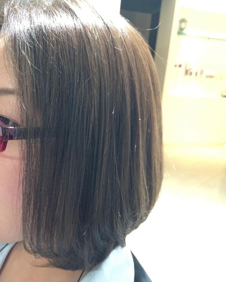 イルミナオーシャンカラーにちょっとだけ他社のカラーを混ぜアッシュをブースト  #神戸 #三宮 #美容室 #パイ山 #前下がりボブ #大人ボブ #アッシュ #イルミナオーシャン #イルミナカラー #illuminacolor #kikikobecs #f4f #hairphoto #kikikobecolour  #kobe #japan #sannomiya #hairdresser  #ootd #大人女子 #女子 #kikikobestyle #love #tbt #like4like #follow #happy #smile #beautiful