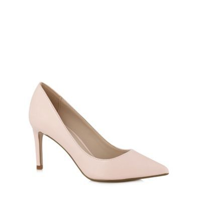 Add a hint of colour with some gorgeous light pink court shoes. #pink #pretty #occasion