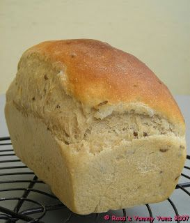 Rosa's Yummy Yums: FRAGRANT SWEDISH RYE BREAD