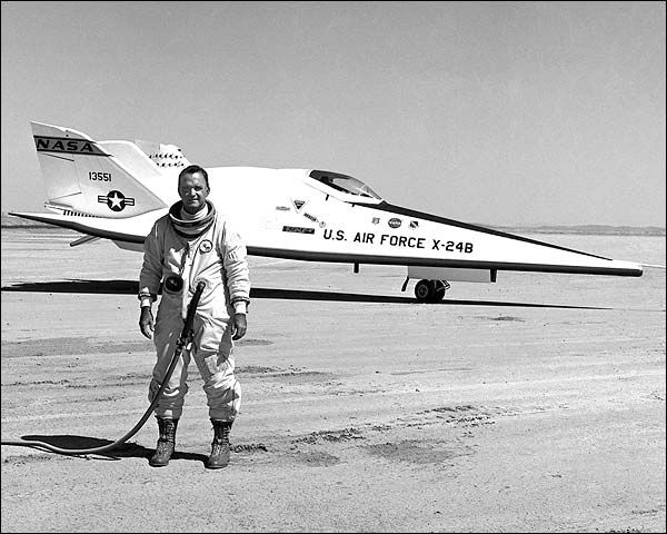 Martin Marietta X-24B (1969) | Details about Martin Marietta X-24B Aviation Test Pilot Autograph Bill ...