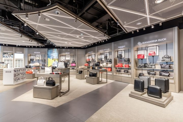 Terminal 2 Duty Free shop by Gruschwitz & Umdasch Shopfitting Munich Airport  Germany