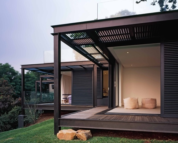 Sliding exterior shutters. Daffonchio and Associates Architects - House Samios, Westcliff, South Africa
