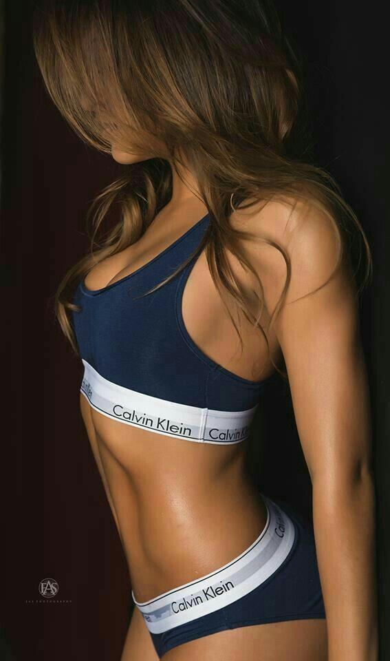 I like this blue CK bra