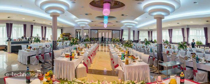 oświetlenie led na sali weselnej - sufit z oświetleniem led sala weselna - oświetlenie ledowe sala weselna e-technologia
