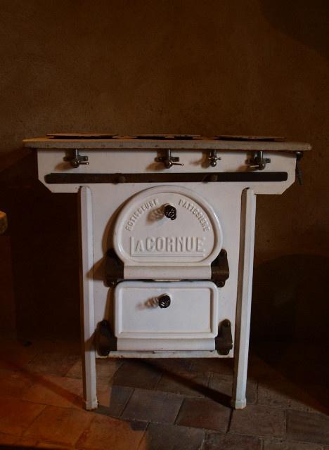 les 10 meilleures images du tableau antiquity la cornue cooker sur pinterest la cornue. Black Bedroom Furniture Sets. Home Design Ideas