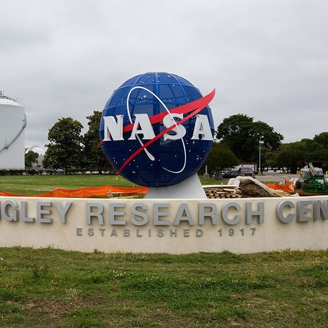 nasa_langley If visitors had trouble trying to find NASA's Langley Research Center before, they won't now - thanks to a new structure outside our main entrance. Read the article via the link in our bio. #nasameatball 2017/06/07 04:21:32