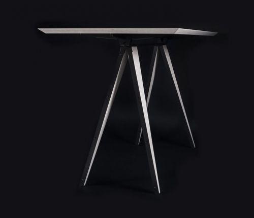 mesa de la línea plegable por mas·arquitecutra #design #diseño #interiorismo #arquitectura #masarquitectura #furniture #furnituredesing #mobiliario #branding #wood #madera