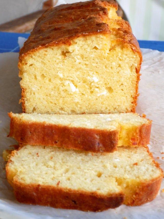Αλμυρό κέικ με αλεύρι καλαμποκιού και τυρί φέτα http://laxtaristessyntages.blogspot.gr/2016/09/almyro-keik-me-aleyri-kalabokiou-kai-tyri-feta.html