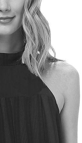 #Neck-holder + attraktiv Alternative + betont deutlich die Schulterlinie + streckt den Oberkörper - nicht business tauglich - nicht ideal bei starken Schultern