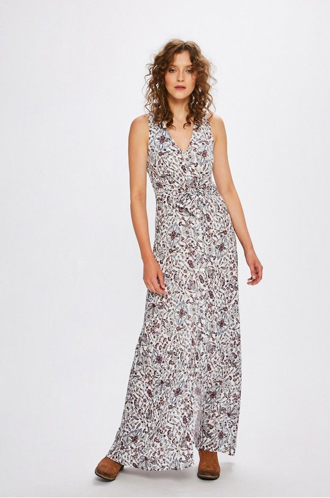 4f4518c5b6928d Długa sukienka boho, cienki materiał, luźny fason, w sam raz na lato.