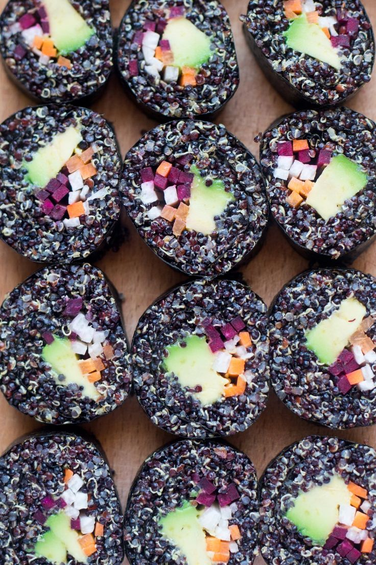 Add some variety to your picnic spread, lunch, or usual snacks with this Veggie Quinoa Sushi!
