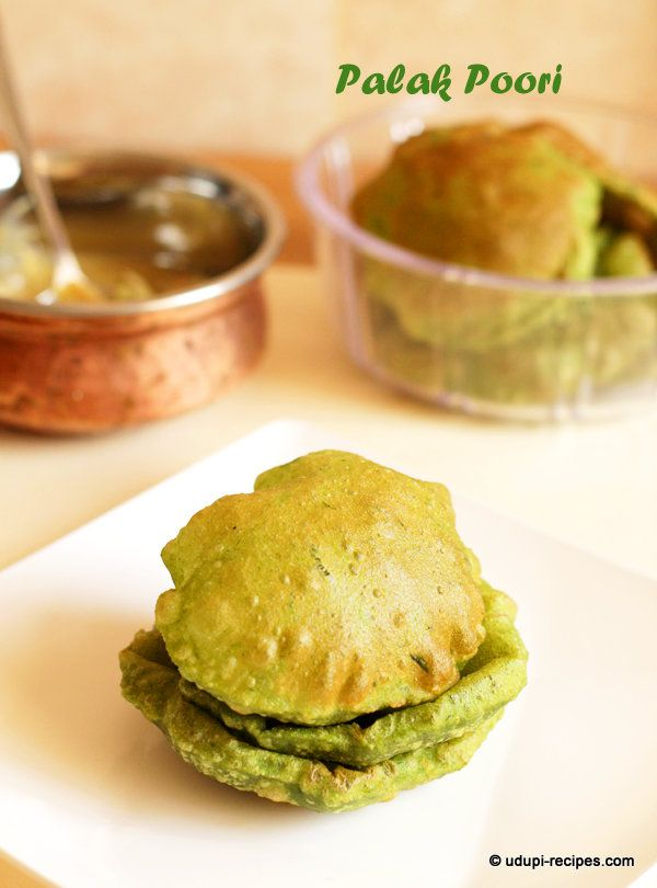 Healthy green palak puri that is relished as breakfast, lunch as well as dinner in Indian cooking. Accompanied with any spicy gravy it tastes heaven.