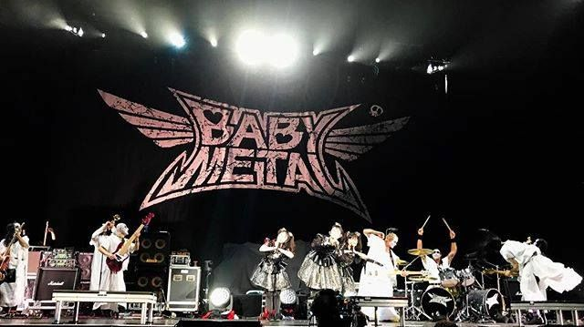 ‪Thank you for the Red Hot Chili Peppers tour!  We had a so much fun time playing with Red Hot Chili Peppers FOXGOD band!  #BABYMETAL #Chilipeppers #RHCP‬ #BabyandMother #BabyClothing #BabyCare #BabyAccessories