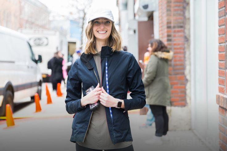 Одеть надежду: журналистка целиком нарядилась в «носимые технологии» на модный показ