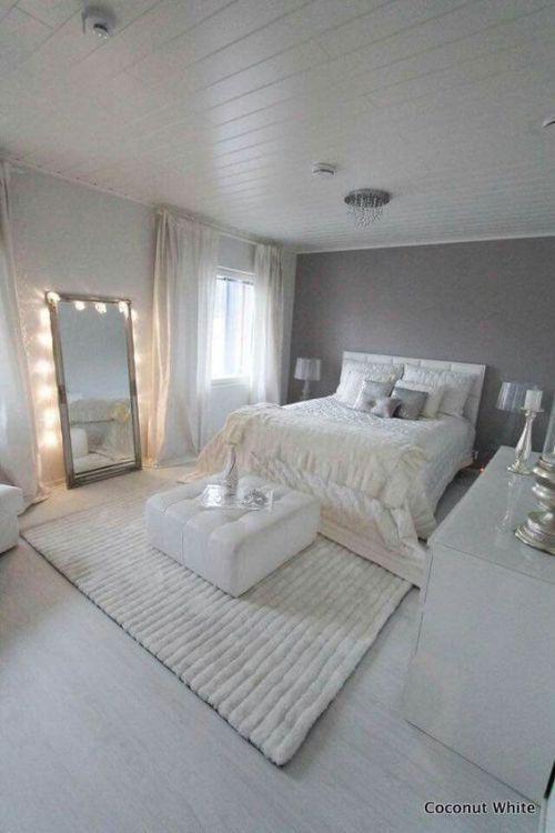 21 atemberaubende graue und silberne Schlafzimmerideen
