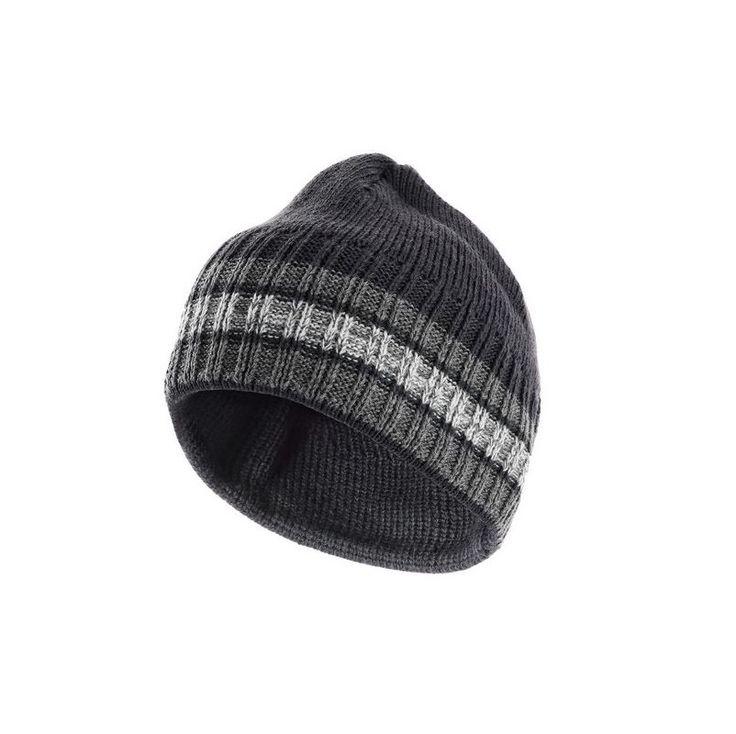 Czapka Vasil przystosowana jest do zastosowań roboczych dla pracowników przebywających zimą poza ogrzewanymi budynkami. Ocieplana czapka robocza została wykonana ze 100% akrylu.
