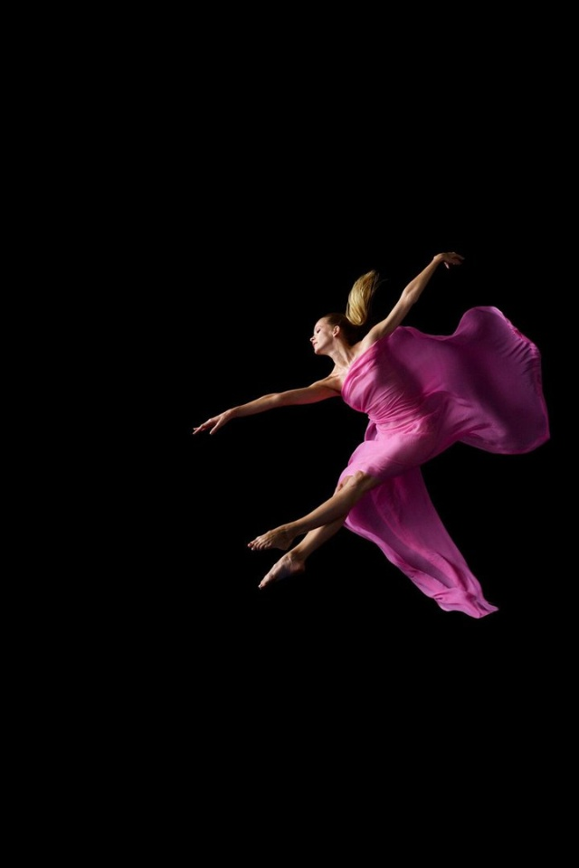 Ballerina: Dance Photography, Dance Pictures, Tickle Pink, Dance Dresses, Beauty Dance, Photography Movement, Ballet Photography, Random Beauty, Amazing Dancers
