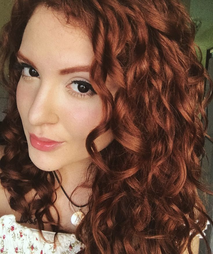 Young curly redhead bideos