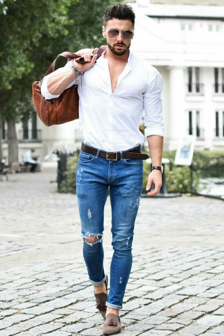 Blue Ripped Skinny Fit Jeans With White Shirt
