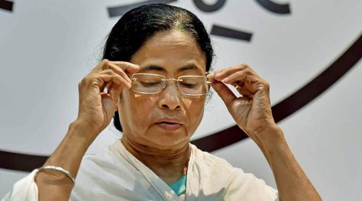 Kolkata: Chief Minister Mamata Banerjee rebuked private schools and institutions and asked to reduce the admission fees and to stop donations at a press conference yesterday.  Nowadays, Donations in educational institutions are one of the biggest hurdles for a student to overcome.   #Breaking News #CM news #Donations to be stopped #Educational News #India News #Kolkata News #State News #TMC news