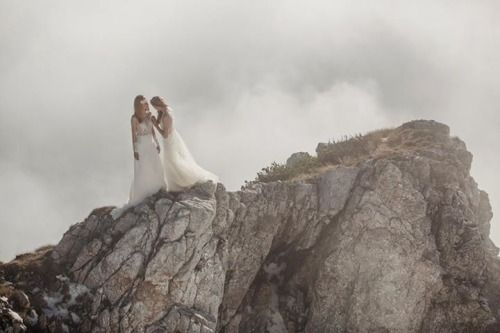 Nora Sarman Bridal / photo Pinewood Weddings