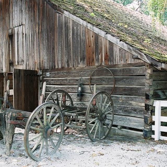 Barn stone mountain park GA by Jerry Jones Flickr.com