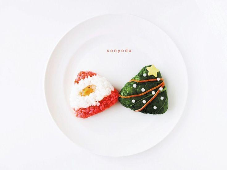 AYACAさんのサンタ and ツリーおにぎり #snapdish #foodstagram #instafood #food #homemade #cooking #japanesefood #料理 #手料理 #ごはん #おうちごはん #テーブルコーディネート #器 #お洒落 #ていねいな暮らし #暮らし #クリスマス #サンタ #クリスマスツリー #おにぎり #デコにぎり #christmas #お弁当 #おべんとう