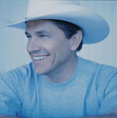 Oh, George Strait. You sure do know the way to a country girl's heart.