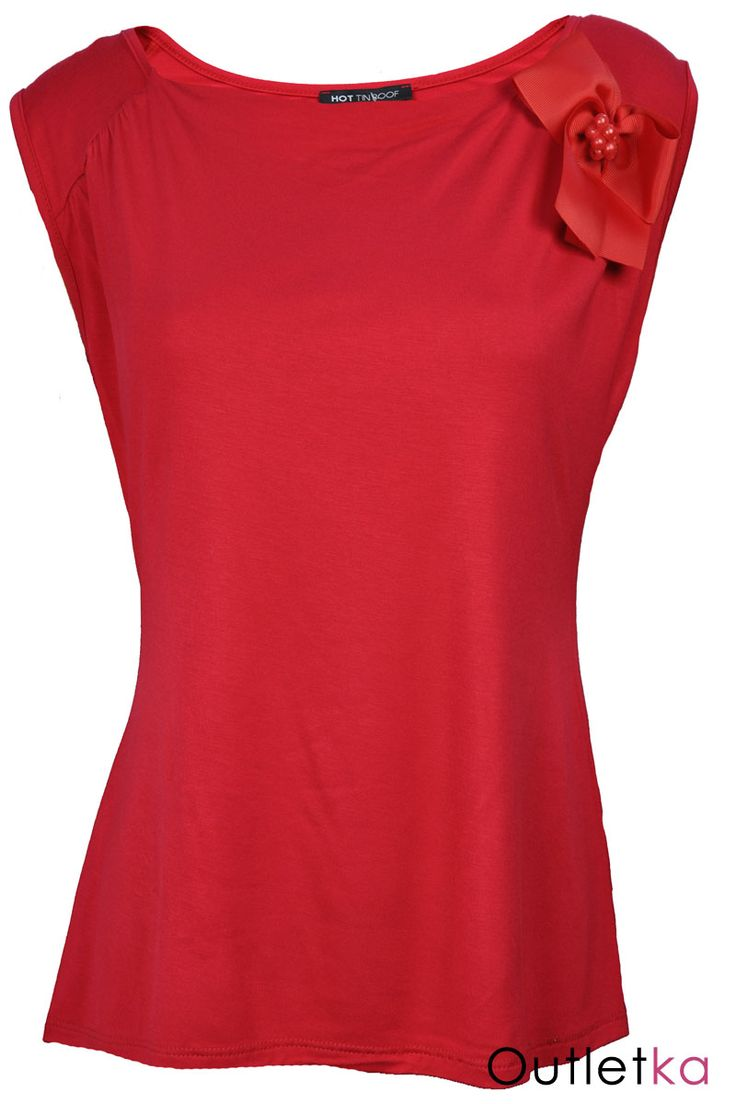 Nowa, bluzka firmy Hot Tin Roof w odcieniu czerwonym. Bluzka na szerokich ramiączkach. U góry zdobiona - marszczenia materiału. Do bluzki dołączona jest odpinana broszka a'la kokarda. Bluzka z kompletem firmowych metek. Materiał miły w dotyku.