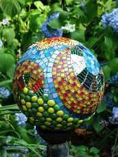 17 Best 1000 images about Mosaic Orbs on Pinterest Gardens Mosaics