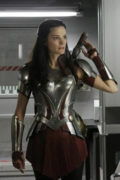 Jaimie Alexander's Lady Sif will be featured on an upcoming episode of ABC's Agents of S.H.I.E.L.D. Check out a bunch of promotional photos of the Thor: The Dark World actress alongside Agent Coulson and the rest of the AoS team.